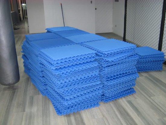 pisos encastrables de goma-eva